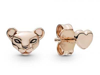 288022EN16-pandora-summer-2019-Rose-Lioness-and-heart-stud-earrings.jpg